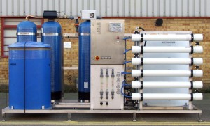 Commercial reverse osmosis filtration system